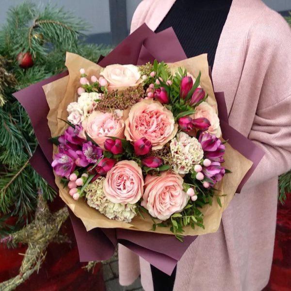 Букеты c розами