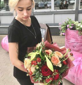 Розы с доставкой в Минске