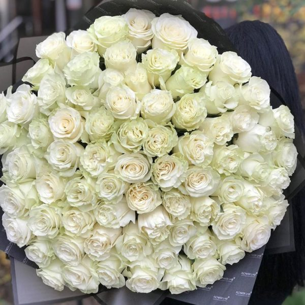 75 штук розы Mondiale 2